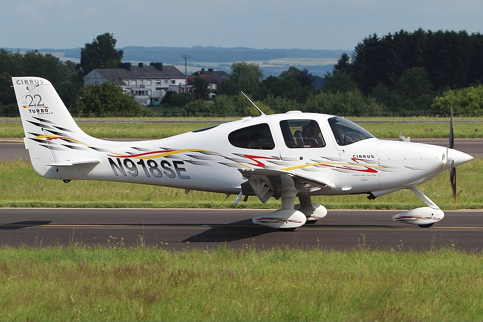 Cirrus SR22 G3 Turbo Private N918SE, LUX Luxembourg (Findel), Luxembourg PP1373043529