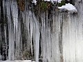 Closeup of icicles - geograph.org.uk - 1161009.jpg