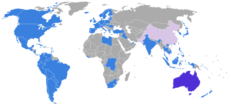 commonwealth of australia shown in purple has extradition treaties with the countries shown in blue light purple indicates a proposal for one has been