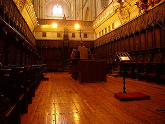 Choir (architecture) - The Quire in Palencia Cathedral in northern Spain, an example of a monastic quire