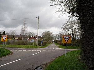 Chattis Hill - Image: Crossroads at Chattis Hill geograph.org.uk 151945
