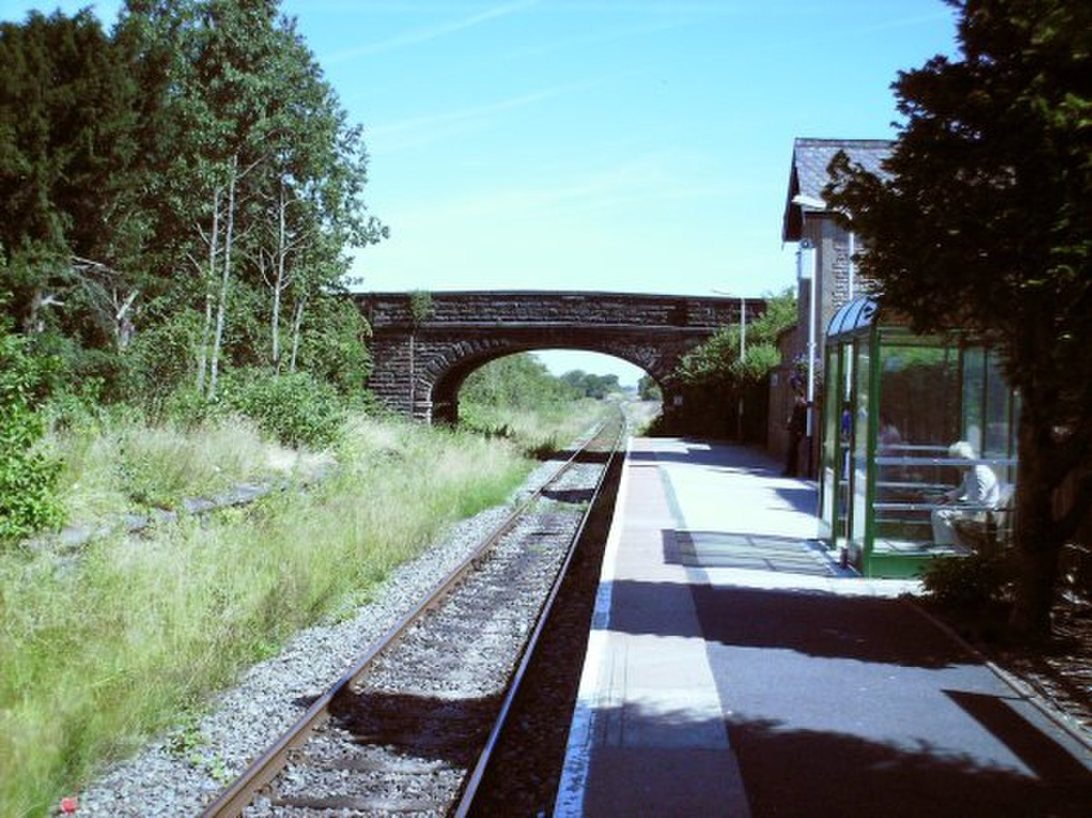 Croston Railway Station.jpg