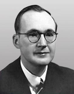 Walter J. Cummings Jr. American judge