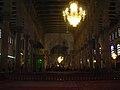 Damaskus, Omayadenmoschee, Innenraum mit grün beleuchtetem Schrein Johannes d. Täufers (24834248828).jpg