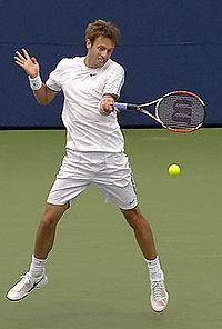 Daniel Nestor at the 2008 Rogers Cup.jpg
