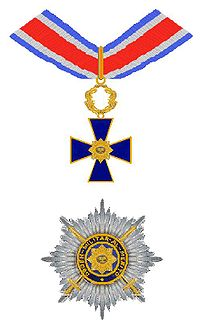 Insignia of a Grand Officer