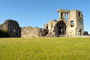 Denbigh Castle - Image: Denbigh Castle 3