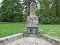Denkmal 1. und 2.Weltkrieg Neuhof - panoramio.jpg