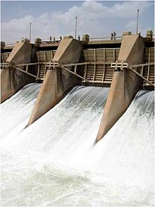 Dibis Dam Regulator3 USACE NWD.jpg