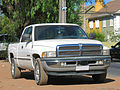 Dodge Ram 1500 SLT V8 Quad Cab 4x4 1999 (14908406316).jpg