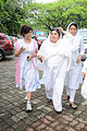 Dolly Bindra at Dara Singh's funeral 25.jpg