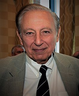 Robert Gallo American biomedical researcher