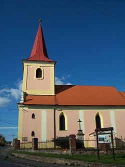 Drahoňův Újezd - kostel sv. Jakuba.jpg