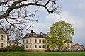 Drottningens paviljong May 2015 02.jpg