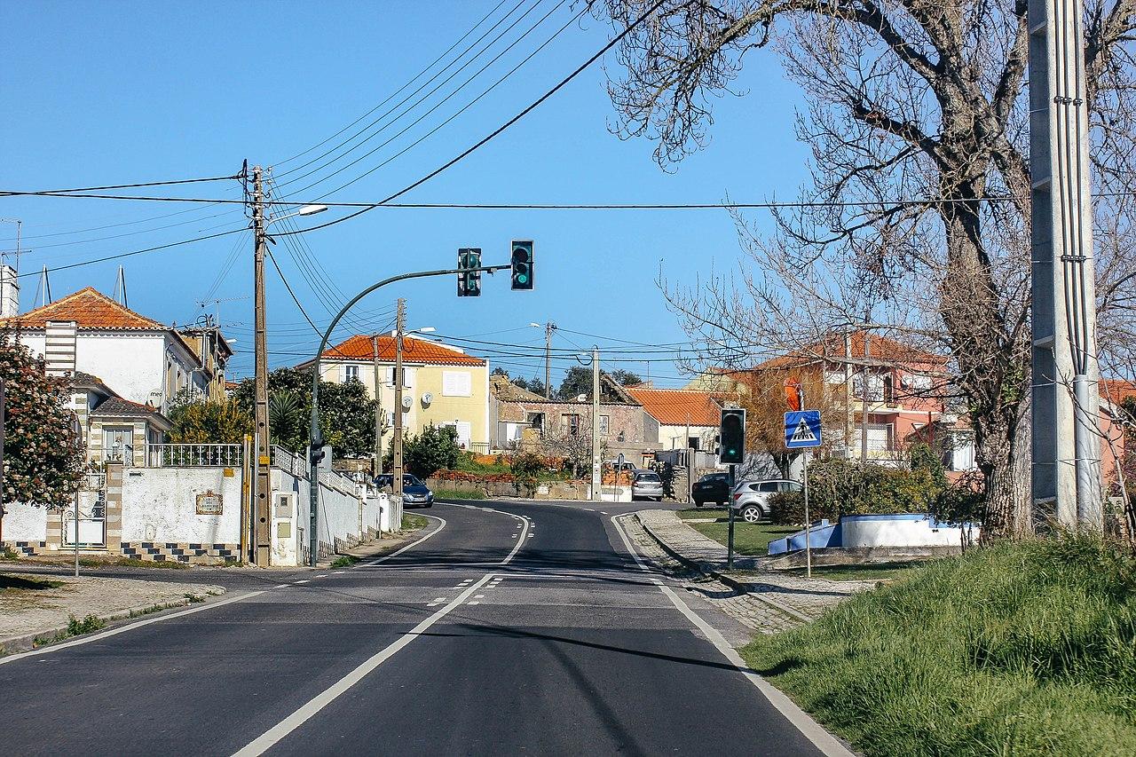 File:EN247, Vila Verde. 01-19 (02).jpg - Wikimedia Commons