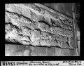 ETH-BIB-Genève, römische Mauer, Rue de l'Hôtel de Ville, im Hof-Dia 247-13418.tif