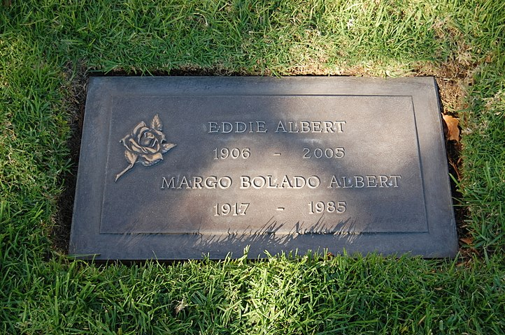 Eddie Albert grave at Westwood Village Memorial Park Cemetery in Brentwood, California.JPG