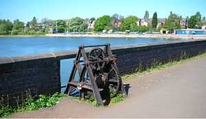 Edgbaston Reservoir - Boat house and Birmingham Level sluice gear on the dam