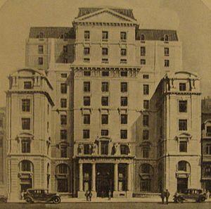Alejandro Bustillo - Tornquist Building (1925)