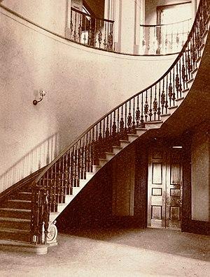 Elizabeth Bay House - Image: Elizabeth Bay House staircase
