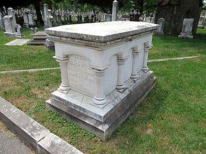 Elizabeth Patterson Bonaparte - Image: Elizabeth Patterson Bonaparte Gravestone Three Quarter View