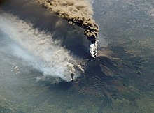 external image 220px-Etna_eruption_seen_from_the_International_Space_Station.jpg