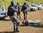 Exercício conjunto de enfrentamento ao terrorismo (27129887781).jpg