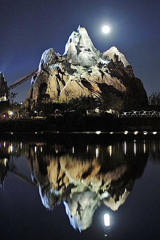 Expedition Everest - Expedition Everest at night