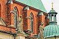 Figury na katedrze w Gnieźnie.jpg