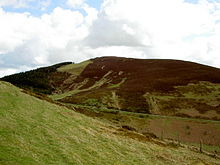 Foel Fenlli from Offa's Dyke Path.jpg