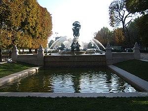 Fontaine de l'Observatoire - Ensemble setting