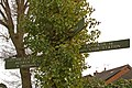 Footpath sign, Knoll Rise - geograph.org.uk - 1741918.jpg