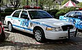 Ford Crown Victoria NYPD Police (47810181711).jpg