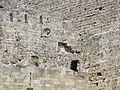 Fosato tra torre d'italia e porta san giovanni, bastione con stemma pierre d'aubusson 05.JPG