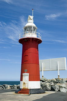 Fremantle North Mole Lighthouse.jpg