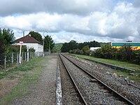 Gare de La Rivière-de-Mansac, Corrèze 2009.jpg