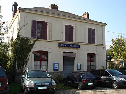 How to get to Nezel Aulnay with public transit - About the place