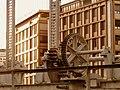 Geneve pont Machine 2011-09-09 08 23 05 PICT4499.JPG