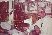 Georges Contaux dans son atelier - 1980.JPG