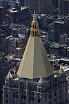 Gold Roof of The New York Life Building (4694483858).jpg
