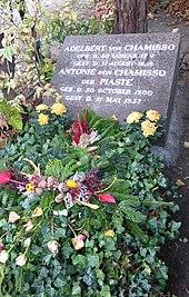 Ehrengrab von Adelbert von Chamisso in Berlin-Kreuzberg (Quelle: Wikimedia)