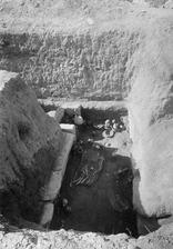 Grav 11, fyndlagret in situ. Amathus. Agios Tychos - SMVK - C02288.tif