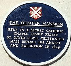 Photo of David Lewis blue plaque