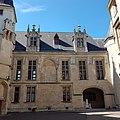 Hôtel de Sens Paris 2.jpg
