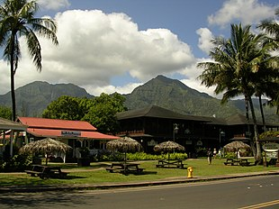 Hanalei Town with a view of Mt. Na Molokama, and Māmalahoa