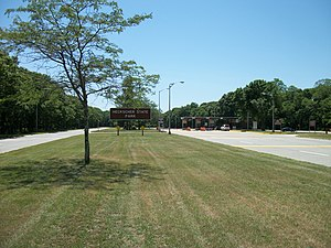 Heckscher State Parkway - The south end of Heckscher State Parkway at the tollbooth for Heckscher State Park