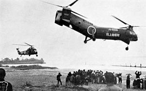 Typhoon Vera - Image: Helicopters evacuate people after Typhoon Vera Japan 1959