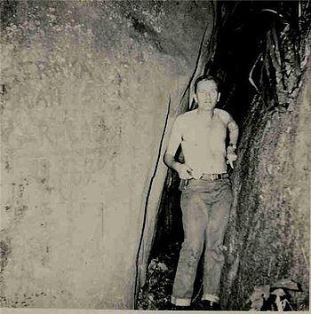 Hellmuth Straka - Cueva Caracas