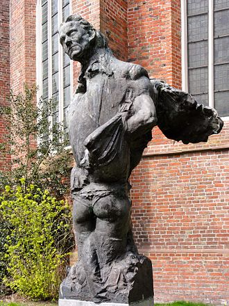 Hendrik de Vries - Statue of Hendrik de Vries by Norman Burkett near the Martinikerk in Groningen
