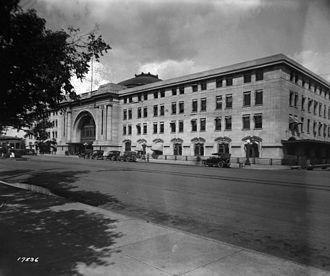 Union Station (Winnipeg) - Historical photo of entrance of Union Station